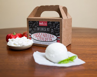 UrbanCheesecraft Make your Own Mozzarella