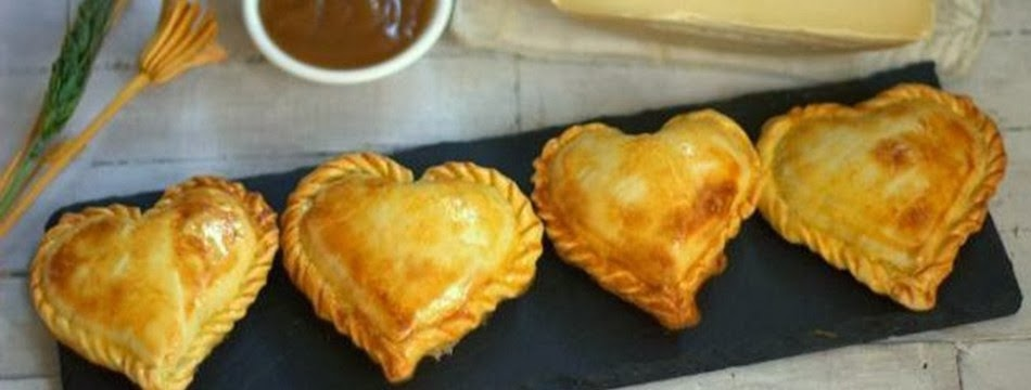 empanadas con forma de corazon san valetin