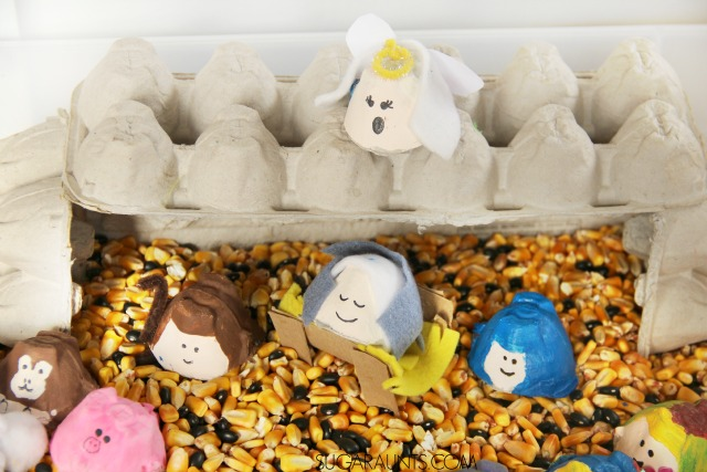 Away in a Manger Christmas Carol sensory bin. With egg cartons!