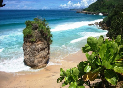 3 Daftar Nama Pantai Di Tulungagung Yang Bisa Dijadikan Pilihan Untuk Berlibur