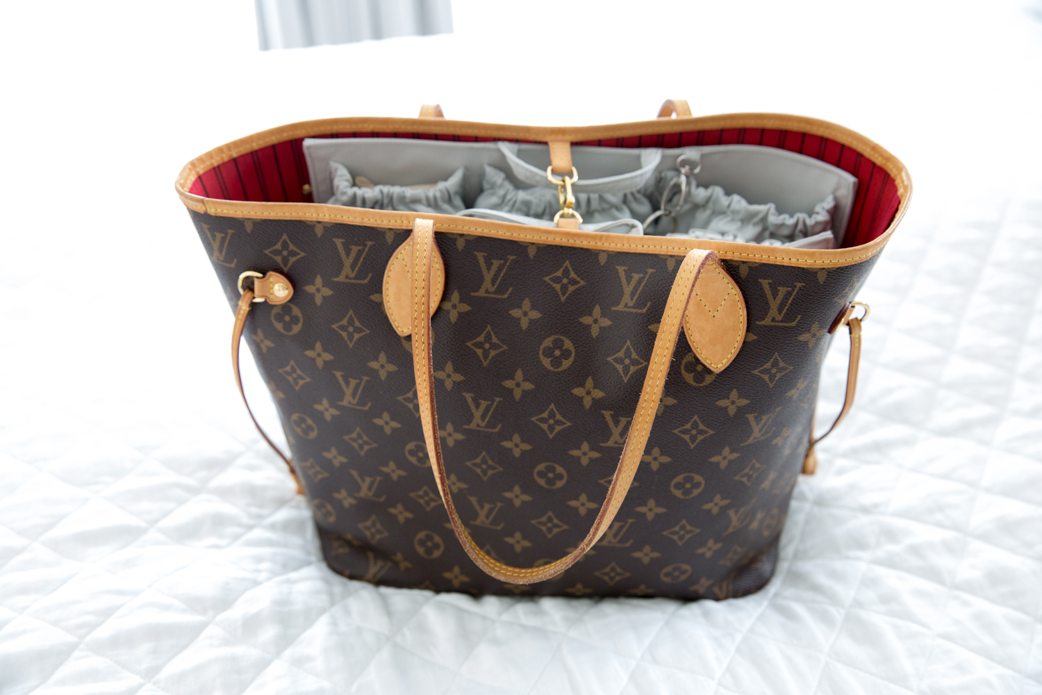 92b5d17024eb I hope this review helped if you re considering buying a ToteSavvy