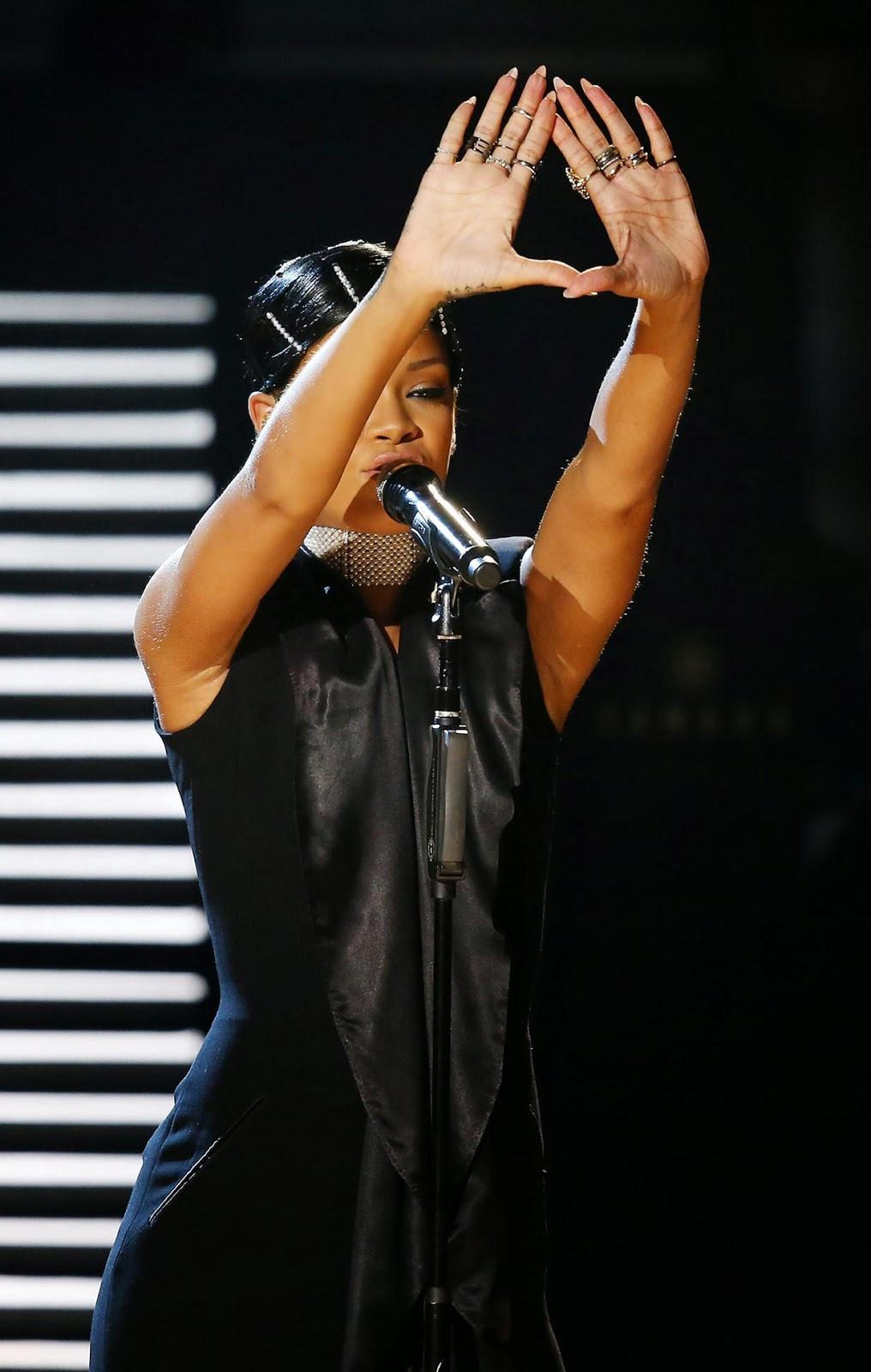 Beyonce illuminati is beyonce in the illuminati the truth rihanna illuminati biocorpaavc Choice Image