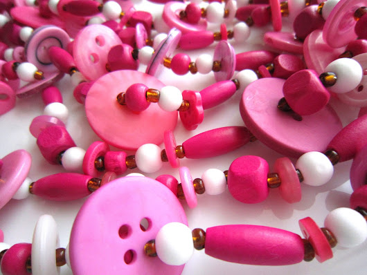 Garland with Buttons and Beads - Merry and Bright Pink