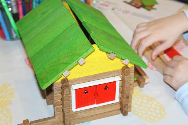 chalet en bois pour enfant