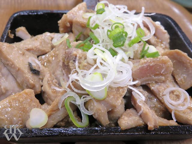 文京区本郷、東大赤門前にある海鮮丼のお店、銀はちのマグロステーキ鉄板