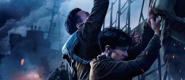 Alex (Harry Styles) et Tommy (Fionn Whitehead) dans Dunkerque