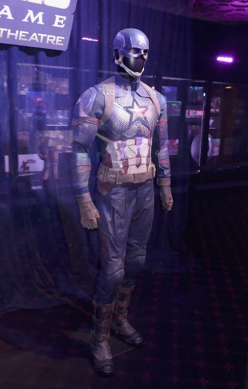 Captain America uniform Avengers Endgame