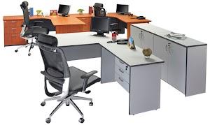 Pilihan Desain Meja Kantor Modern