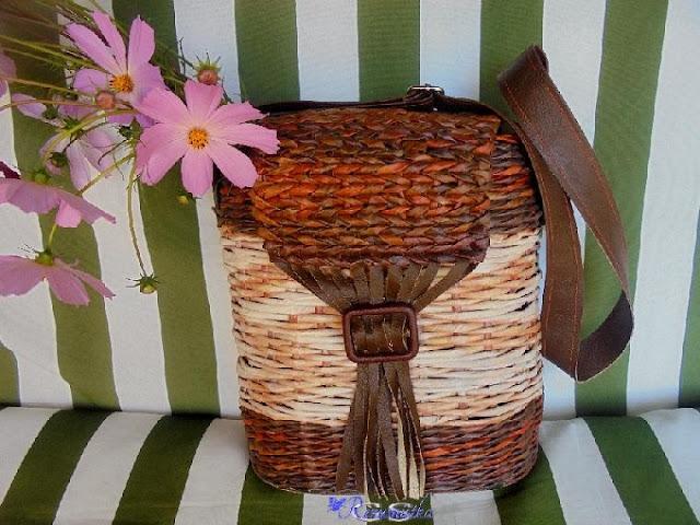 плетеная сумочка на природе