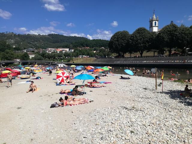 Areal Praia da Valeta