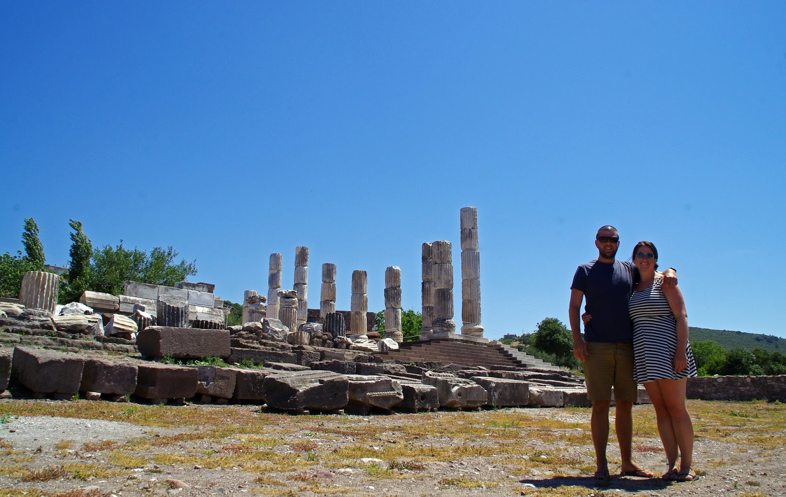 Couple at Apollon Symintheion ruins