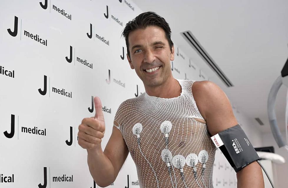 Le frasi divertenti sul ritorno di Buffon alla Juventus.
