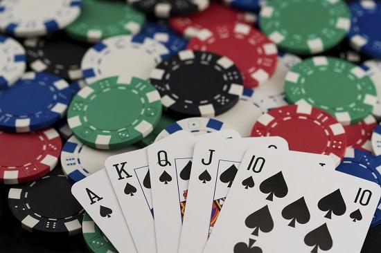 Hãy chơi Poker khi có tâm trạng tốt nhất