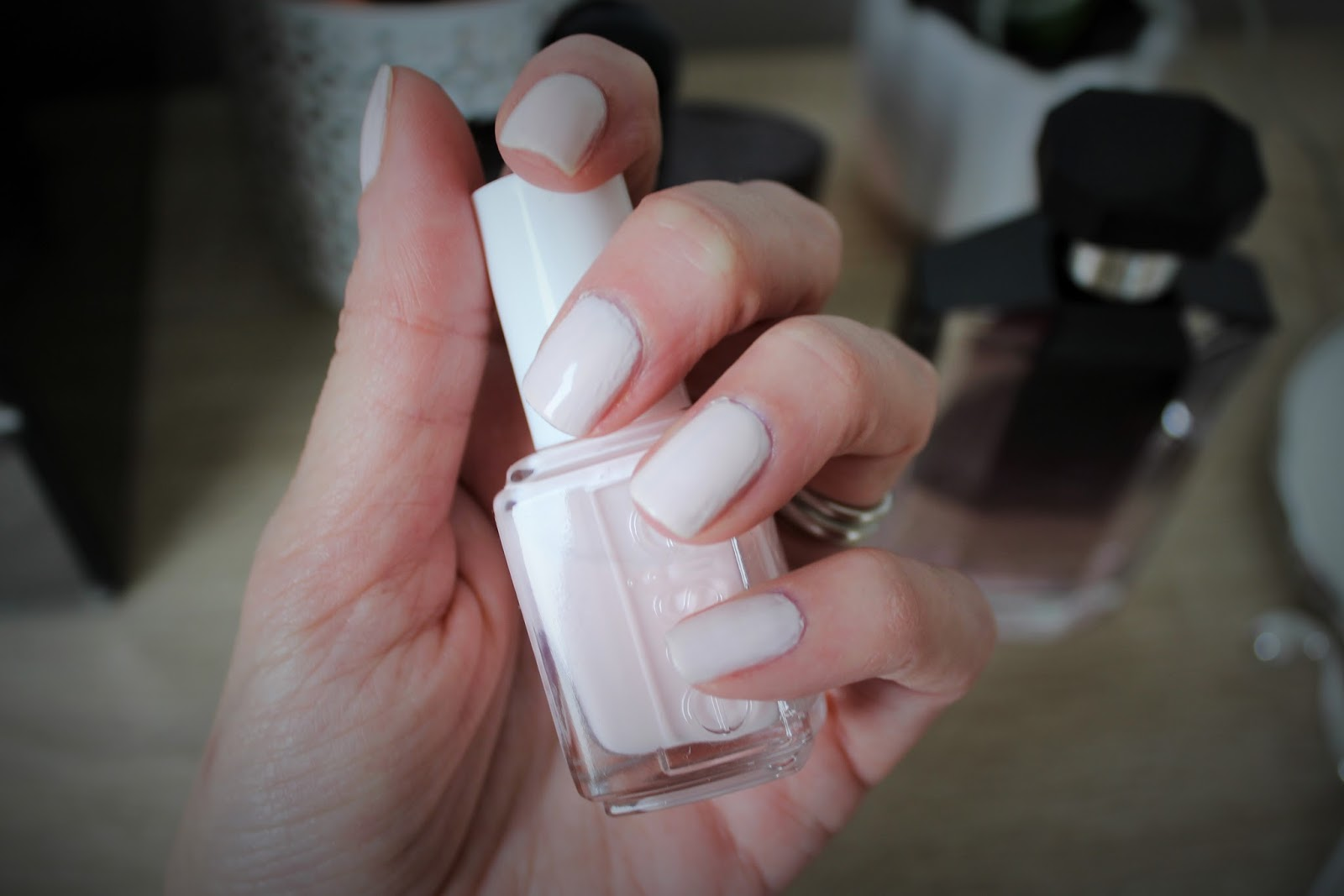 Nail Polish Review - Essie Peak Show - Winter 2015/2016 Collection