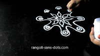 simple-rangoli-idea-for-Diwali-55ab.jpg