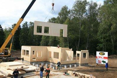 Дом из деревянных клееных плит