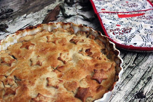 Easy Spiced Apple Pie Recipe