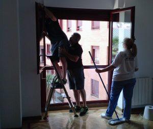 Limpiar ventanas en aluminio