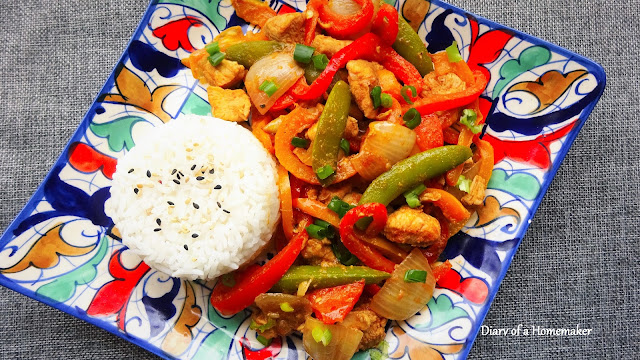 firecracker-chicken-healthy-Chinese-bellpeppers-onions-soysauce-red-chilli-flakes-fresh-red-chilli-apple-cider-vinegar-main-dish-