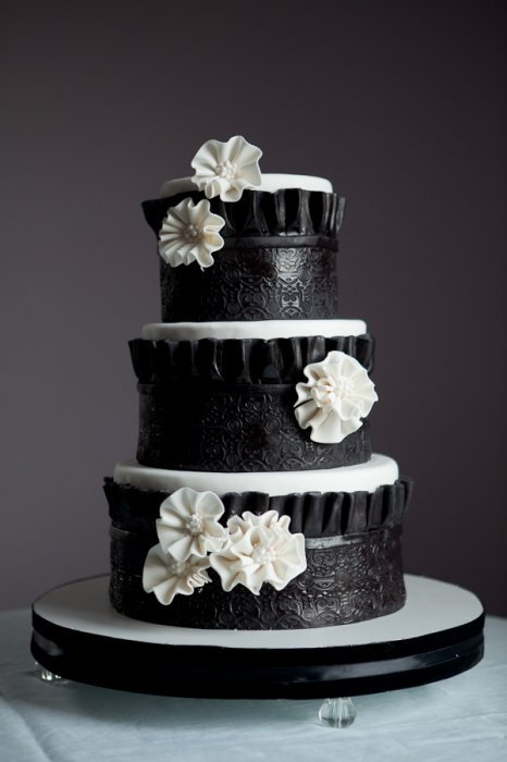 White Wedding Cake Red Black Decorations