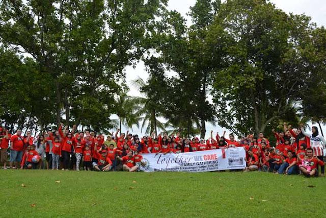 paket company gathering