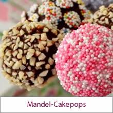 Mandel-Cakepops und Buntes für die Kaffee-Tafel