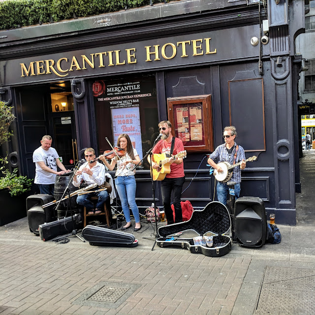 One day in Dublin for Music Lovers: music on Dame Lane