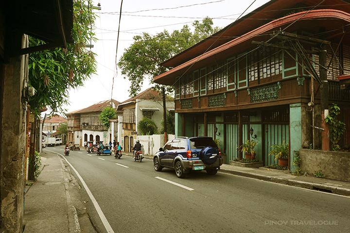 along Calle M. M. Agoncillo, Taal, Batangas