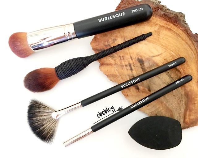 Merece_la_pena_las_brochas_de_maquillaje_de_Burlesque_ObeBlog_BLog_de_Belleza