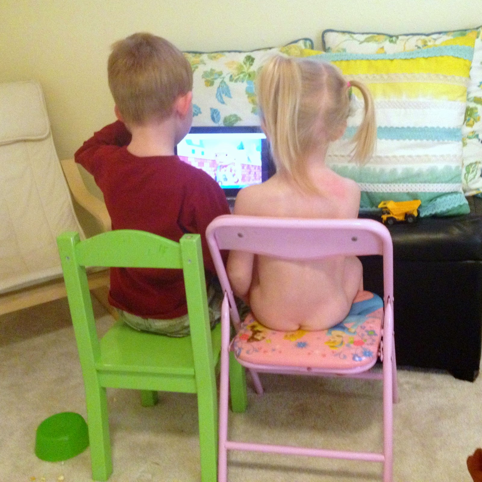 Our Search for Fabulous: how to potty train a twin.