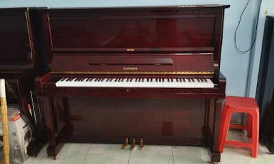 Để học nhạc thì nên chọn đàn piano điện hay đàn piano cơ