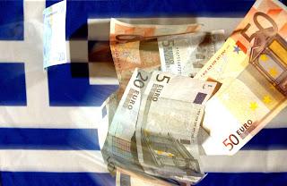 Ελλάδα:Οι μισοί δανείζουν πια τους άλλους μισούς ...