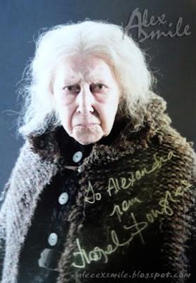 Hazel Douglas autograf autograph Bathilda Bagshot Harry Potter