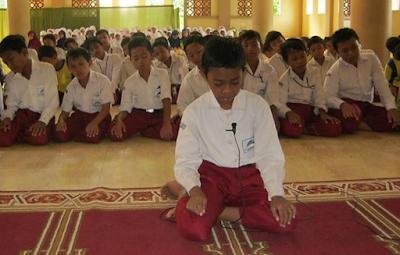 Kemendikbud Akan Hapus Pendidikan Agama di Sekolah