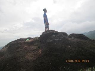 Wisata Bukit Watu Sodong
