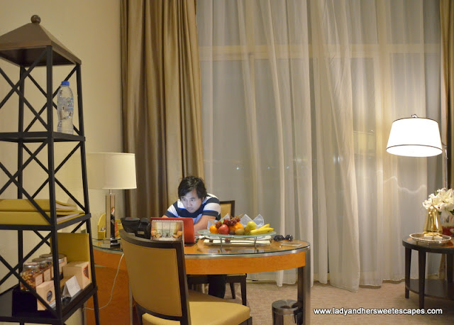 Al Raha Beach Hotel work desk