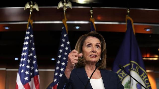 Líder demócrata tacha de 'basura' propuesta migratoria de Trump