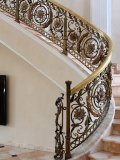 Railing-tangga-besi-tempa-klasik