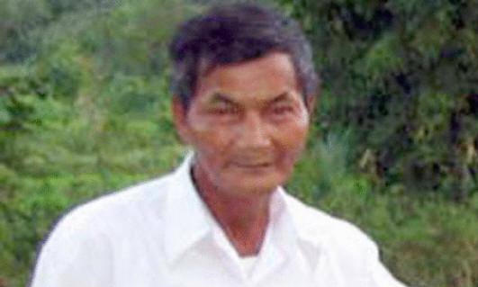 664757bb6 هاي نغوك عمرة 64 عاماً، لا يستطع أن ينام ليلاً منذ أن أصيب بالحمى في عام  1973 ورغم ذلك مازال يتمتع بحياة جيدة ويمتلك أسرة تتكون من 6 أبناء وزوجة  ويعمل في ...
