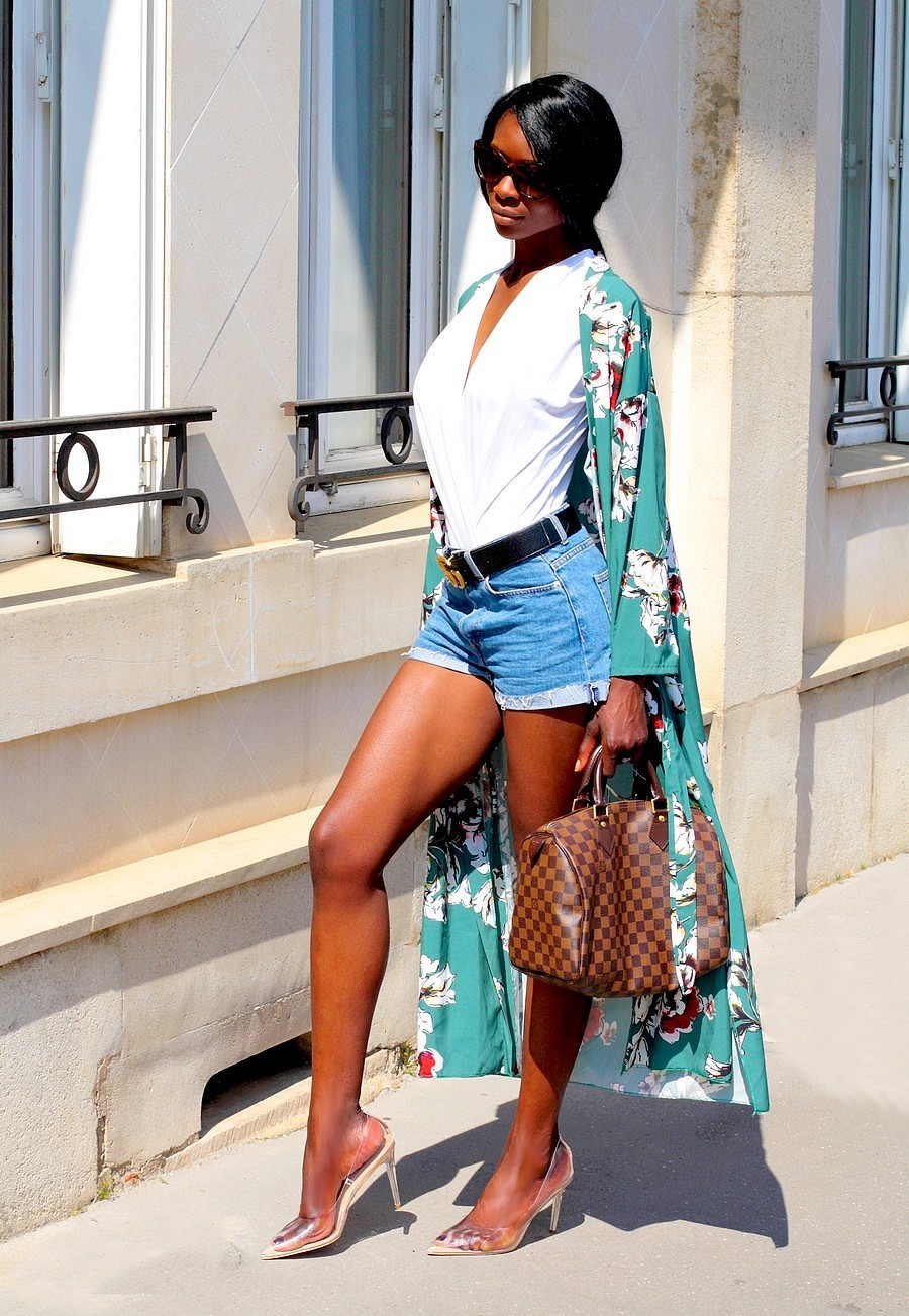 inspiration-look-avec-short-jeans-kimono-sac-speedy-louis-vuitton