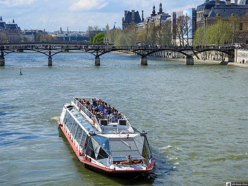 Ponte des Arts  - O que fazer em Paris: principais pontos turísticos