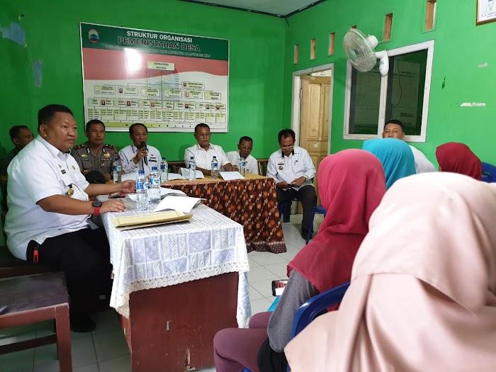Plt.Nanang Ermanto Hadiri Musyawarah Pembahasan Proses Pembangunan Kios Pasar Sidaharjo kec.WayPanji Lamsel.