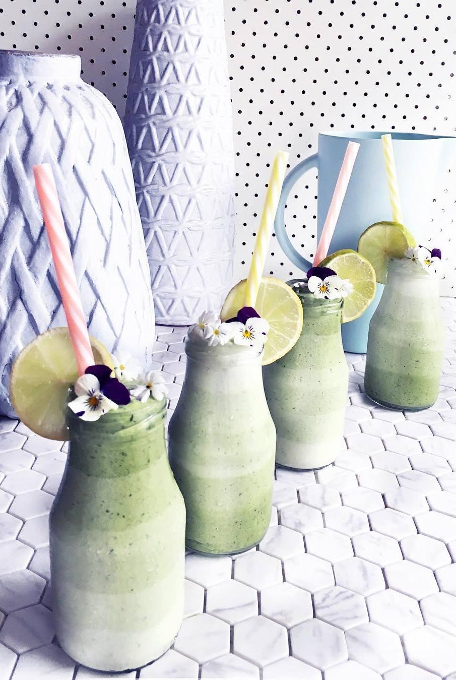 healthy green smoothie recipe idea