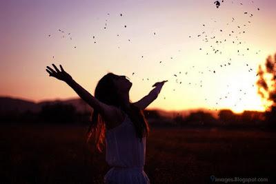 alone-girl-sunset-motivate-love-life.jpg