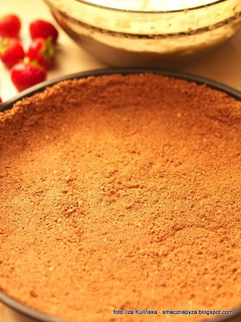 ciasteczka maslane, spod ciasteczkowy, tarta bez pieczenia, ciasto na niedziele, ciasta na lato, letnie desery