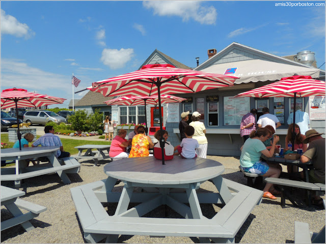 Lobster Shacks en la Costa Sur de Maine: Patio del Fox's Lobster House