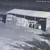 Câmera de segurança flagra queda de asteróide na África