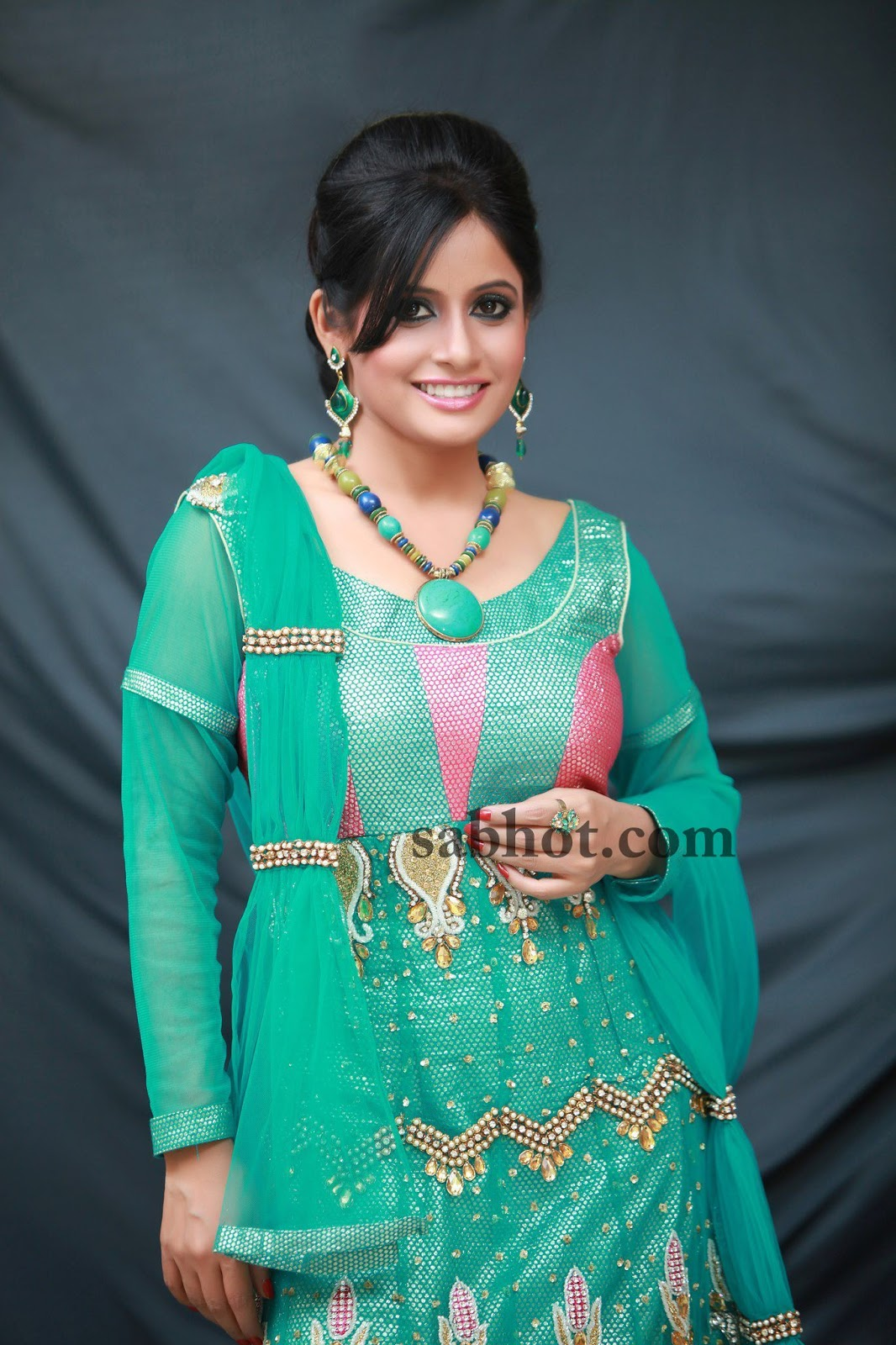 miss pooja sexy image