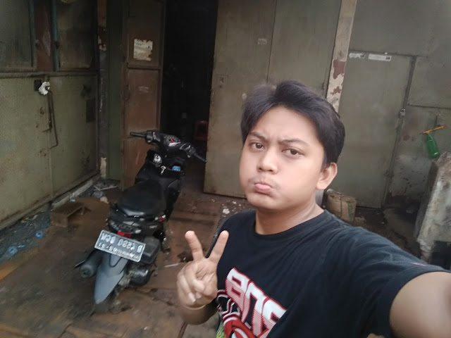 Christian Seorang Pria Di Purwokerto, Banyumas, Provinsi Jawa Tengah Sedang Mencari Jodoh Wanita Untuk Dijadikan Sebagai Calon Istri Atau Pacar