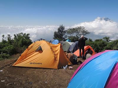 tips merawat tenda